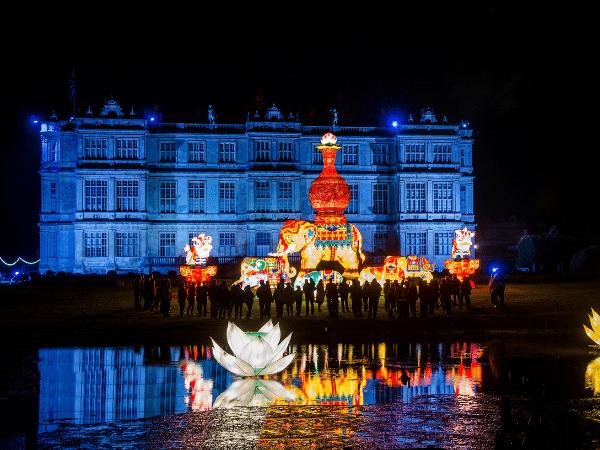 BATH CHRISTMAS MARKETS AND LONGLEAT FESTIVAL OF LIGHT